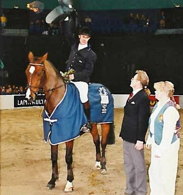 Kari Nevala kilpaili ensimmäisen kerran itse Horse Show'ssa vuonna 1989 ja valmentaa nyt muita