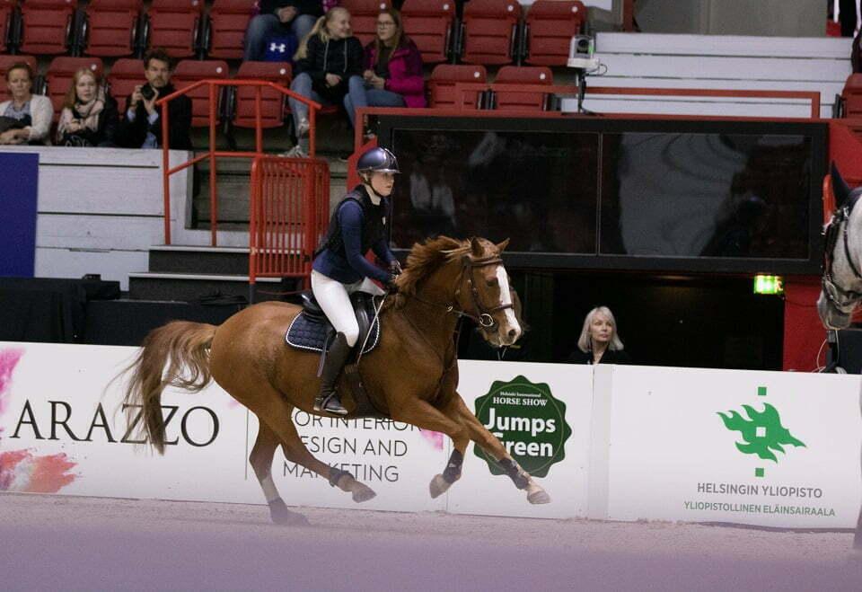 Siiri Silander hevosella SS Prince. Kuva: Iita-Maria Ahtiala