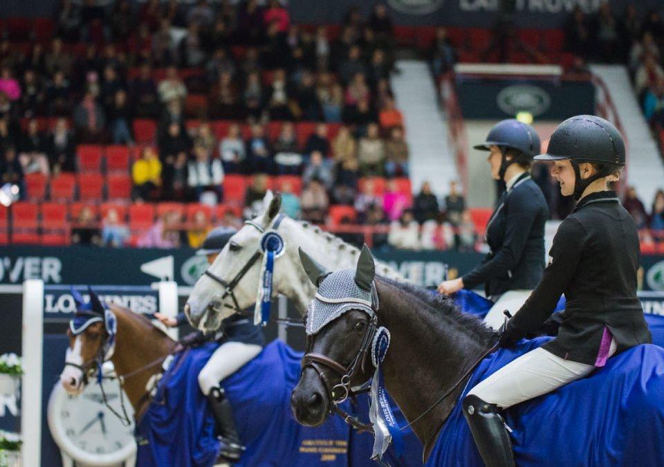 Horse Show'n kansallisten kilpailujen ja luokkien muutoksia